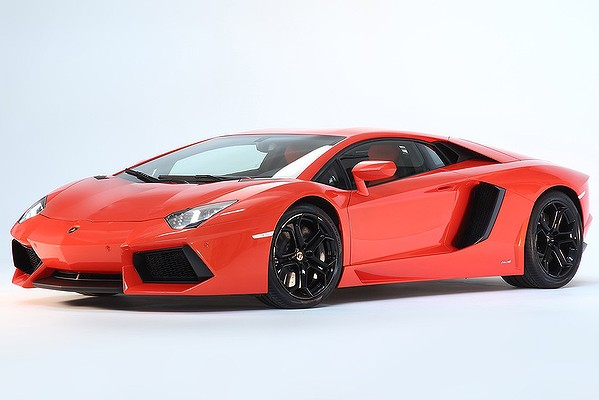Lamborghini aventador photos released automotive thinker website pin facebook publicscrutiny Gallery