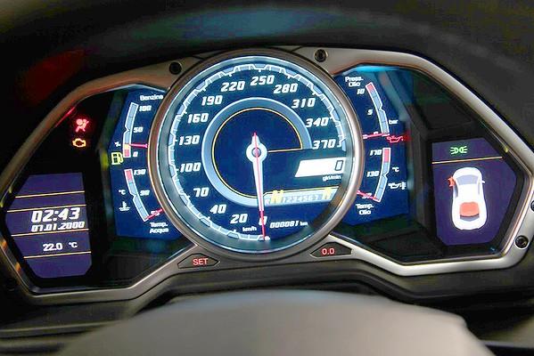 Lamborghini Aventador Speedometer Lamborghini aventador photo sLamborghini Aventador Speedometer Mph